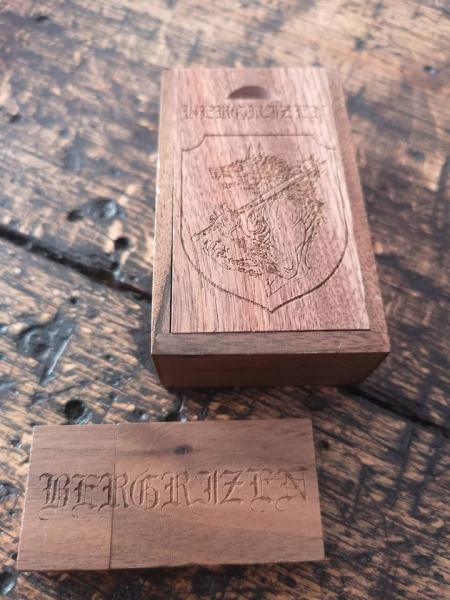 Bergrizen - Holy Death over Kiew Live Video on USB Stick - Wooden Set